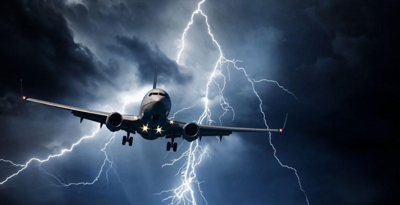 В Air Astana прокомментировали попадание молнии в самолет