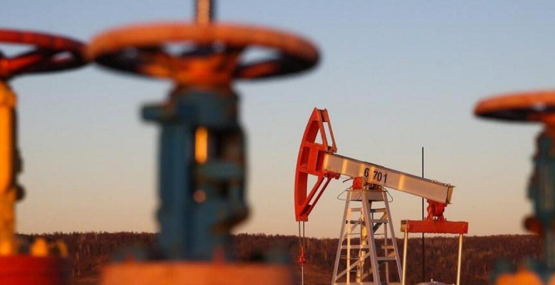 Токаев высказался об истощении нефтяных запасов в Казахстане