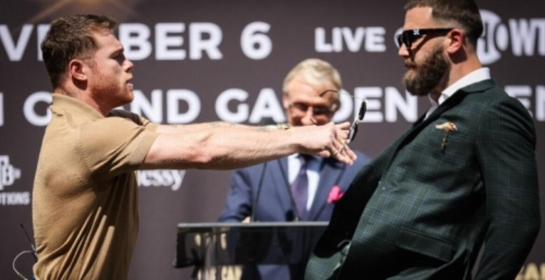 Канело устроил драку с чемпионом мира на дуэли взглядов