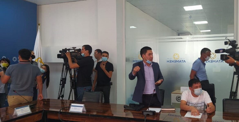 Автозаправщики Шымкента заявили о дефиците ГСМ на внутреннем рынке
