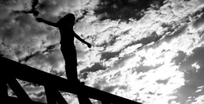 Беременная женщина прыгнула с моста в реку в Нур-Султане